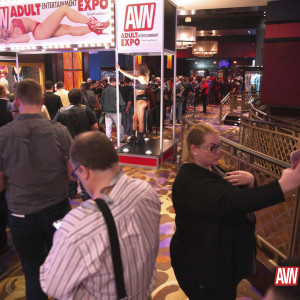 Easy entrance into the show Photo courtesy of AVN